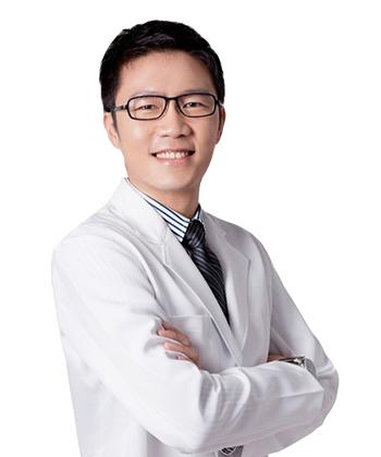 簡銘成醫師